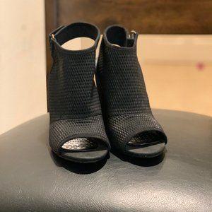 Aldo women shoes open toe black size 7